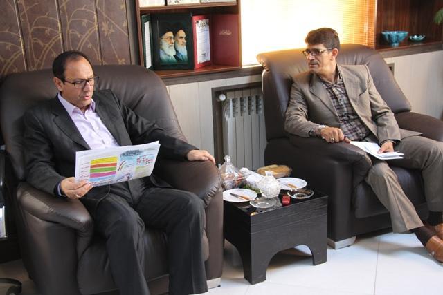 di-9I11 بررسی مسائل مرکز نشاط در نشست  فرماندار با مدیر عامل