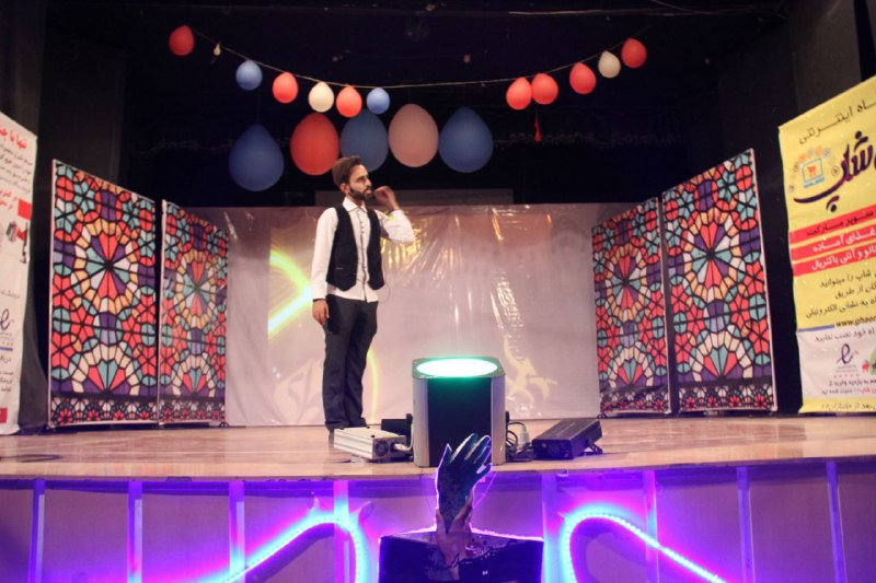 di-NO5U گزارشی از جشنی متفاوت جشن شب عاشقی نمونه بارزی از کار گروهی