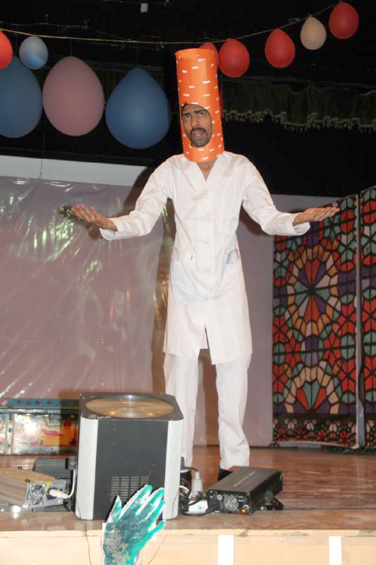 di-WBE5 گزارشی از جشنی متفاوت جشن شب عاشقی نمونه بارزی از کار گروهی