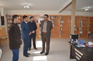 dm-YPG5 بازدید بخشدار مرکزی از کتابخانه روستای محمدآباد علم
